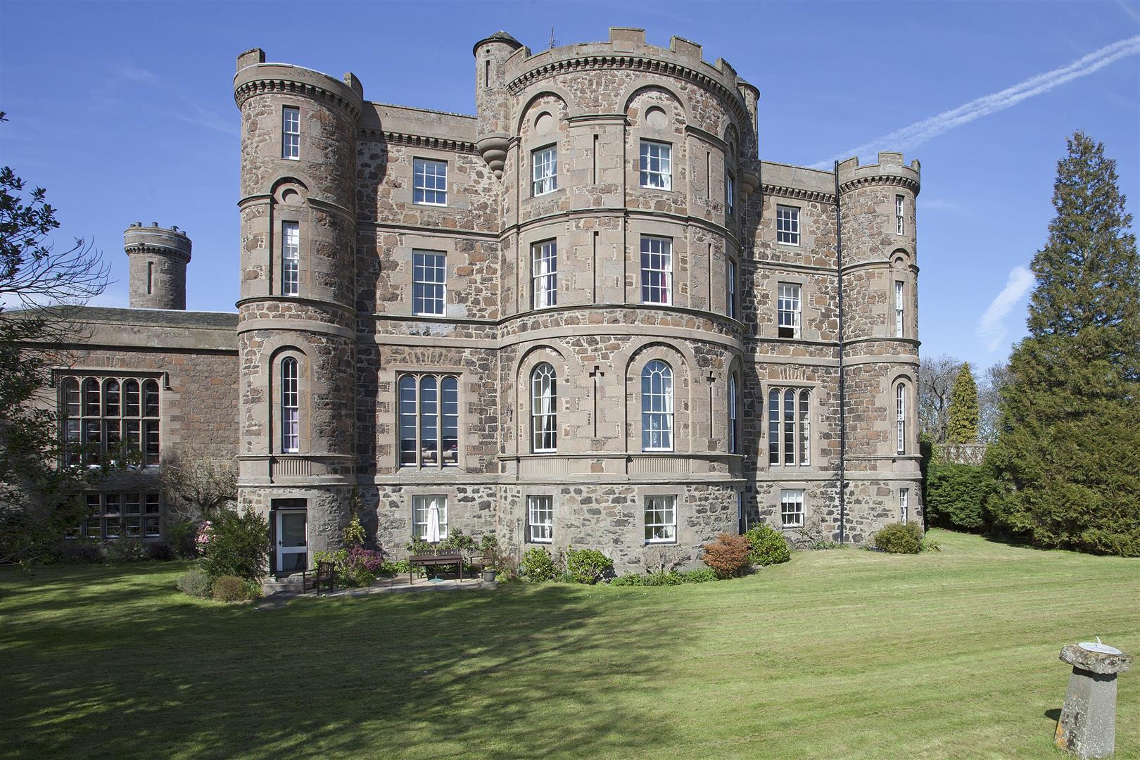 Flat 6, Pitfour Castle, St Madoes, Perth, Perthshire, PH2 7NJ, UK